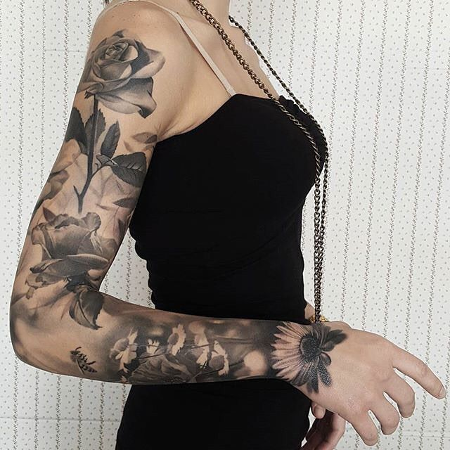 I like that this doesn't start on her shoulder, but just a bit down her arm ...