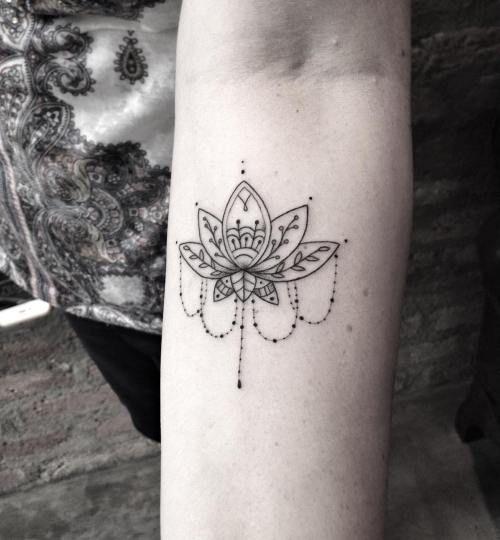 35 Stunning Lotus Flower Tattoo for Cute People