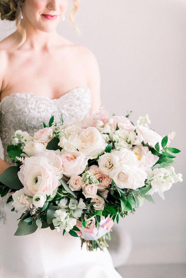 Elegant Boca Raton Wedding with Sparkle Everywhere #elegantweddingfashion #court...