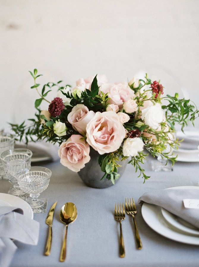 Weddings Flower Arrangements Rose Centerpiece In A Stone Urn Flowers Tn Leading Flowers Magazine Daily Beautiful Flowers For All Occasions