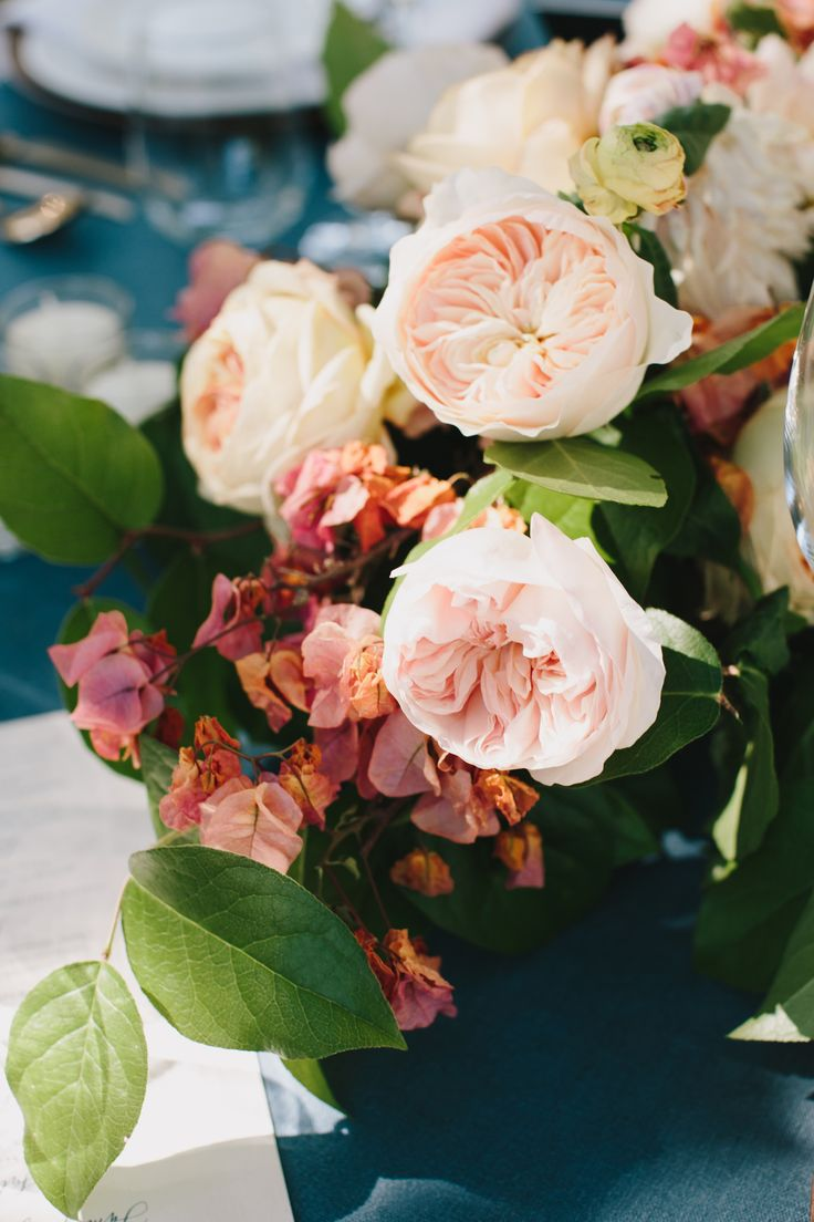 peach and pink wedding floral centerpiece