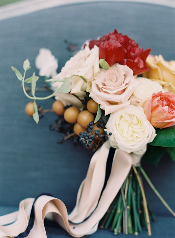 Fall wedding bouquet | Photo by Odalys Mendez |