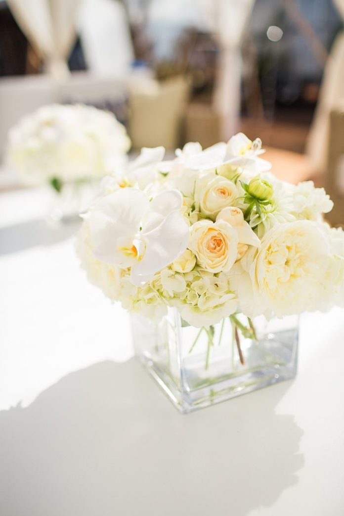 Weddings Flower Arrangements Simple Floral Centerpiece