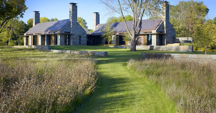 Unmowed and mowed STEPHEN STIMSON ASSOCIATES | LAKE HOUSE
