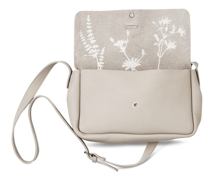 Keecie, leather bag. Picking Flowers medium