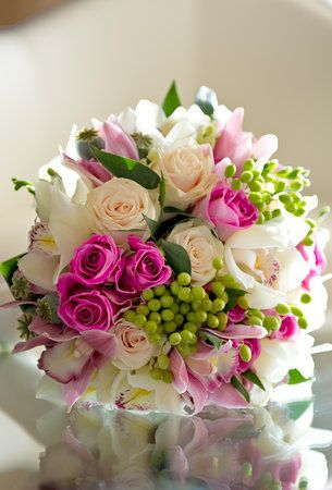 Hot pink and green bouquet... ♥