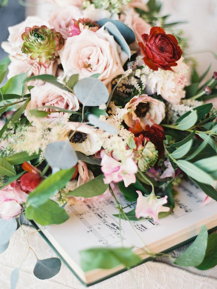 Wild florals from habitatevents.com | Read More: www.stylemepretty... | Photogra...