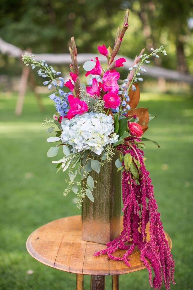 pink and white wild wedding centerpiece