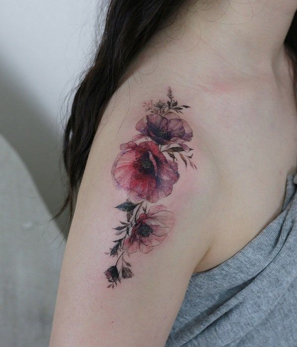 """It's often a question """"Does the tattoo hurts?"""". The threshold of pain vari..."""