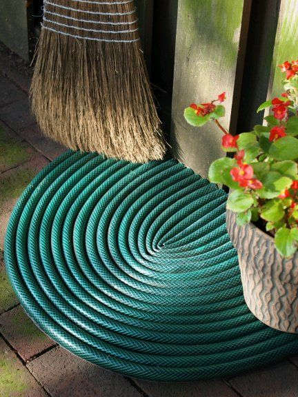 outdoor mat from old hoses - why did i not see this before I took all my old hos...
