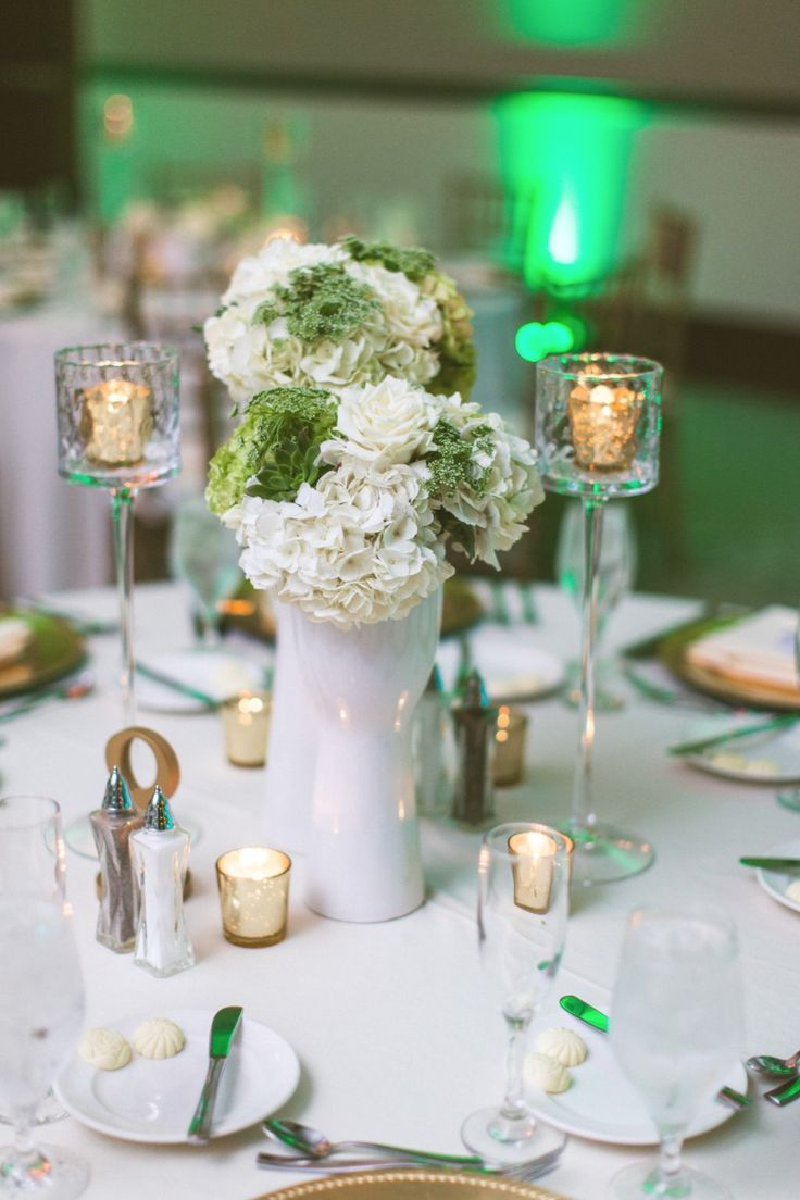 Green and white centerpiece
