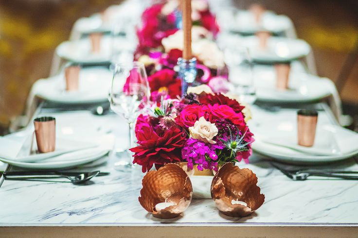 copper and pink and burgundy wedding table decor