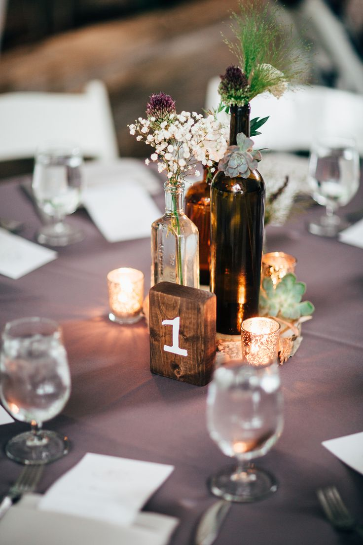 Weddings Flower Arrangements : vintage wine bottle centerpiece idea -  Flowers.tn - Leading Flowers Magazine, Daily Beautiful flowers for all  occasions