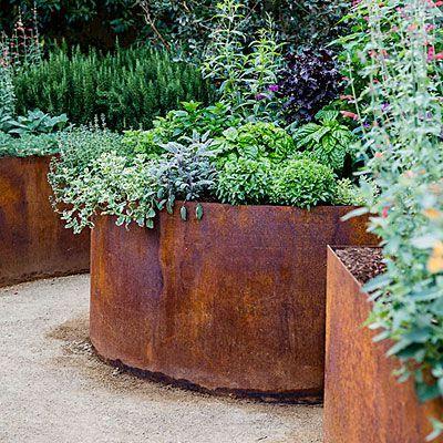 10 Design Ideas for a Tiny Edible Garden