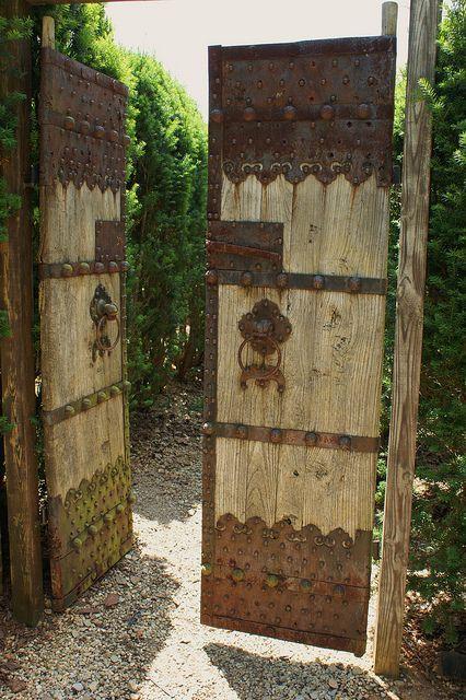 Antique wooden garden gate (3)