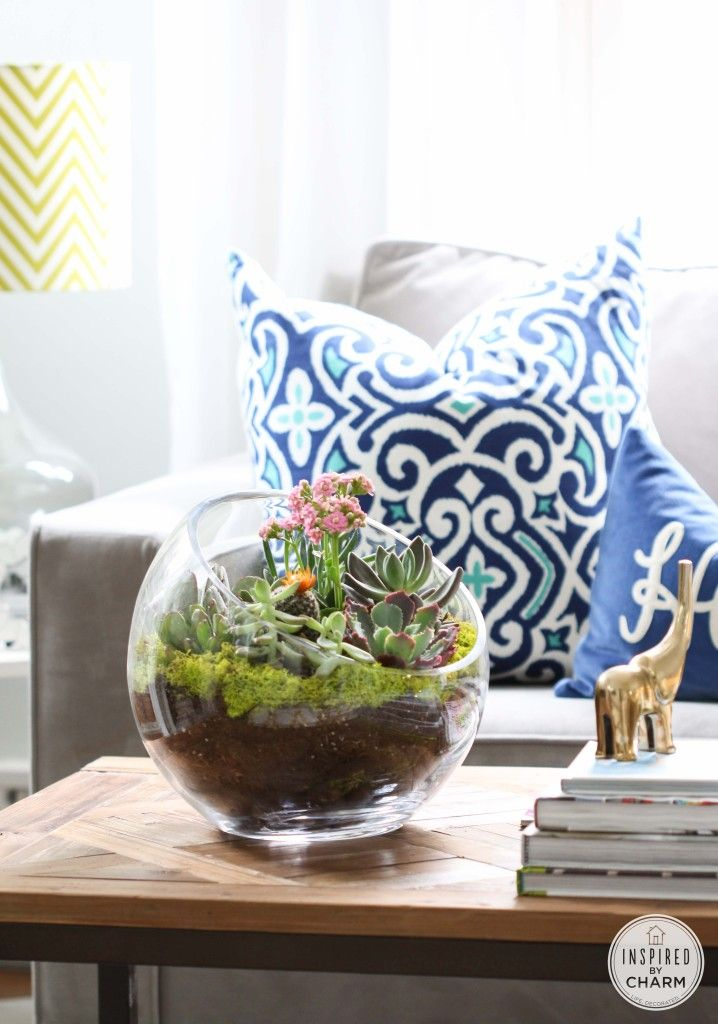 Succulent Garden Bowl - this is a DIY! Learn out to recreate this fab container ...