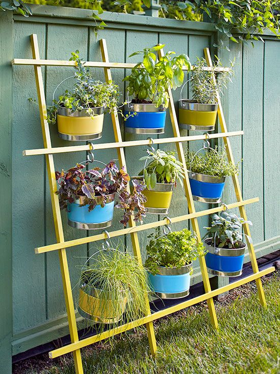 Make This Easy Vertical Container Trellis