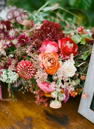 flowers by lindsay coletta/ styling by blue eyed yonder/ photos by ali harper