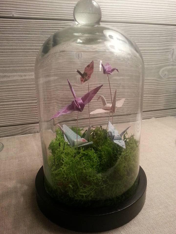 Envolée de grues en origami sous cloche de verre (Blog Zôdio)