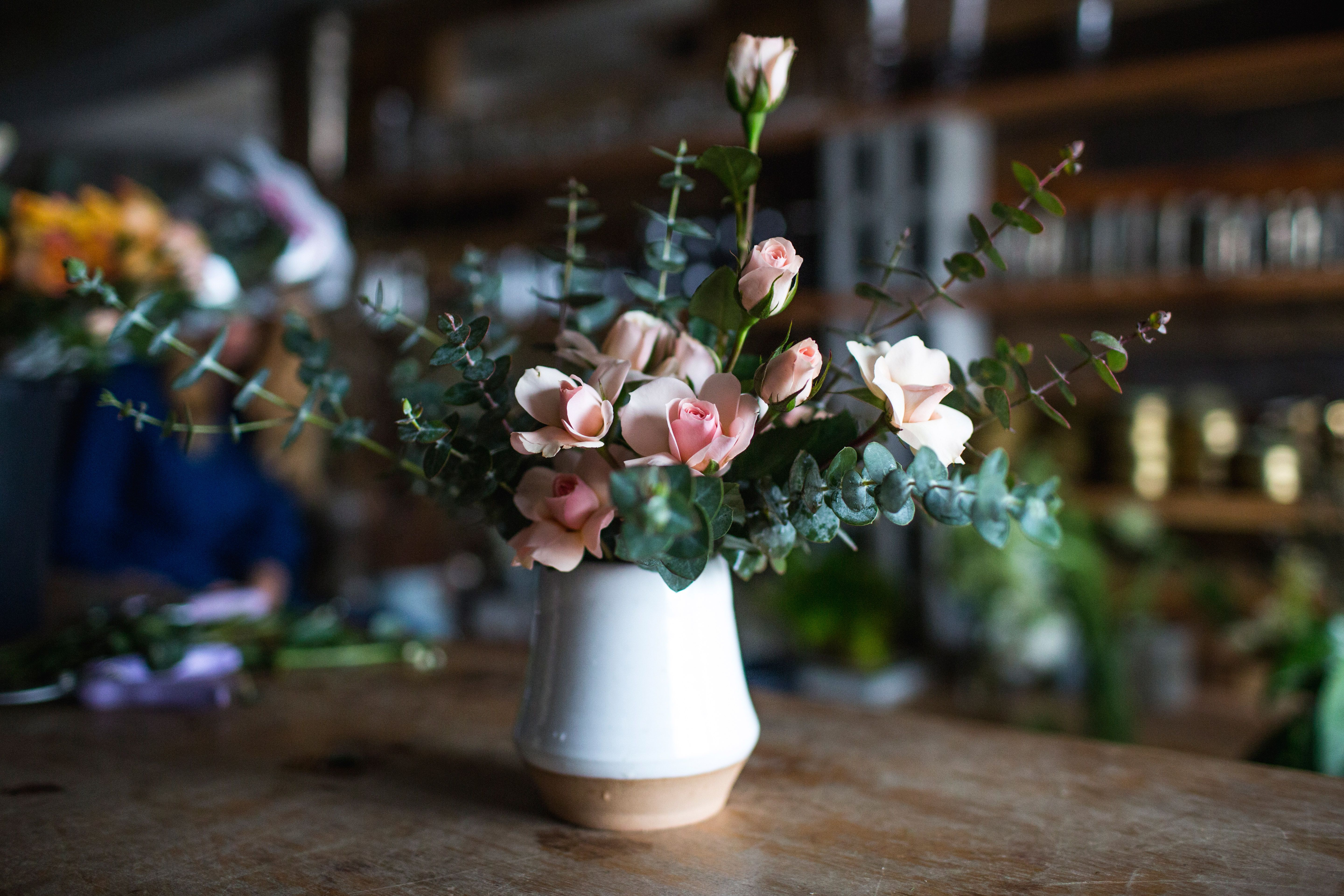 How to Make a Stunning Bouquet with Supermarket Flowers