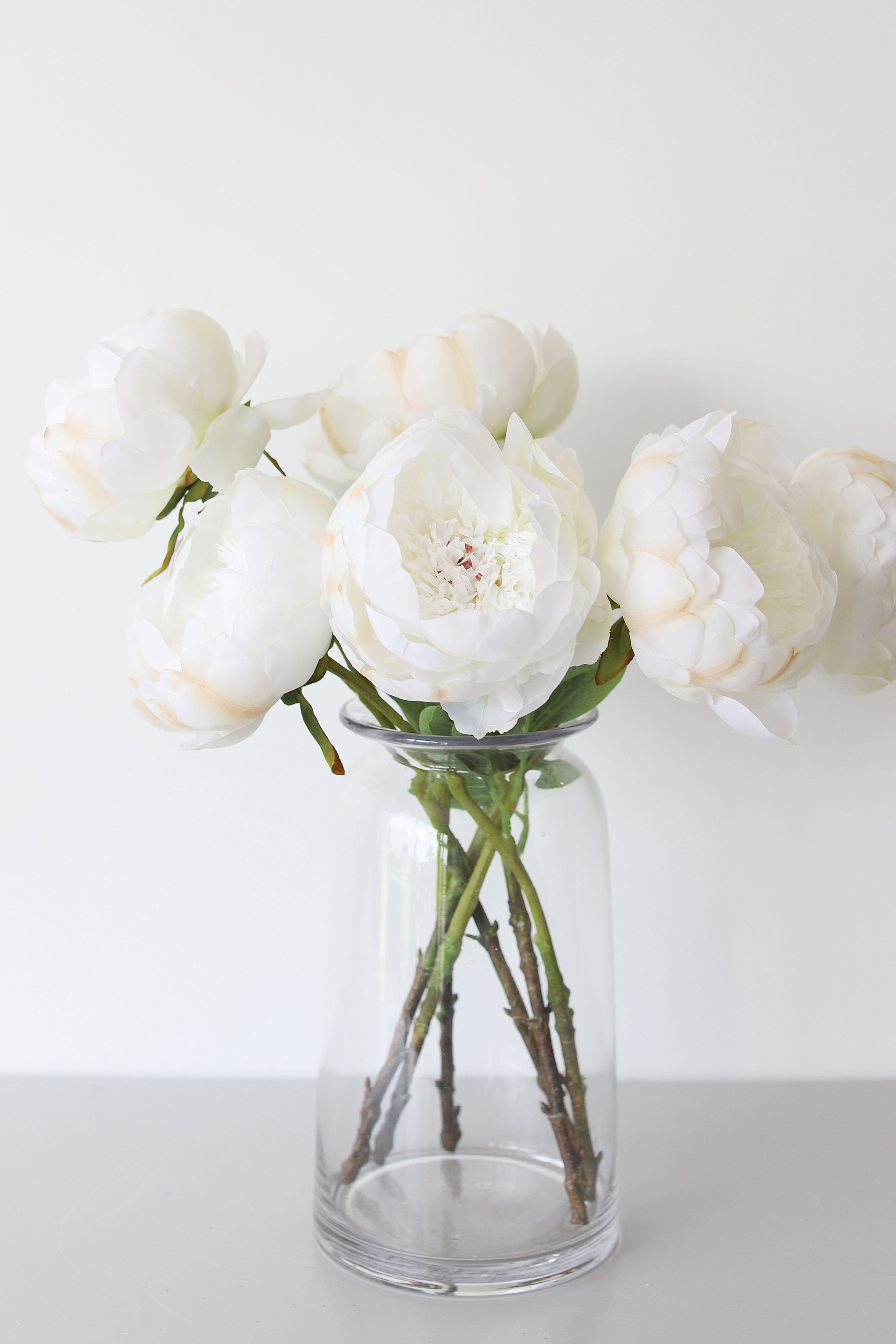 Affordable White Peony Simple Flower Arrangement